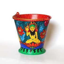 Kitsch the Bucket