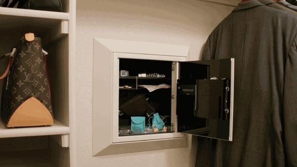 Holiday home closet safes