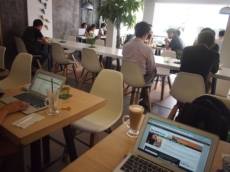 coffee shop workplace in vietnam
